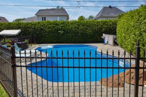 How To Choose The Best Pool Fence In 2020