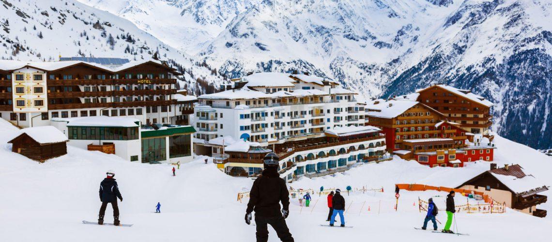 5 Extremely Cheap European Ski Resorts